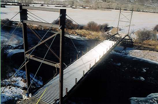 Meriwether Bridge from the east, closing the gap at the west abutment.